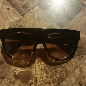 Flat Top Semicircular Sunglasses